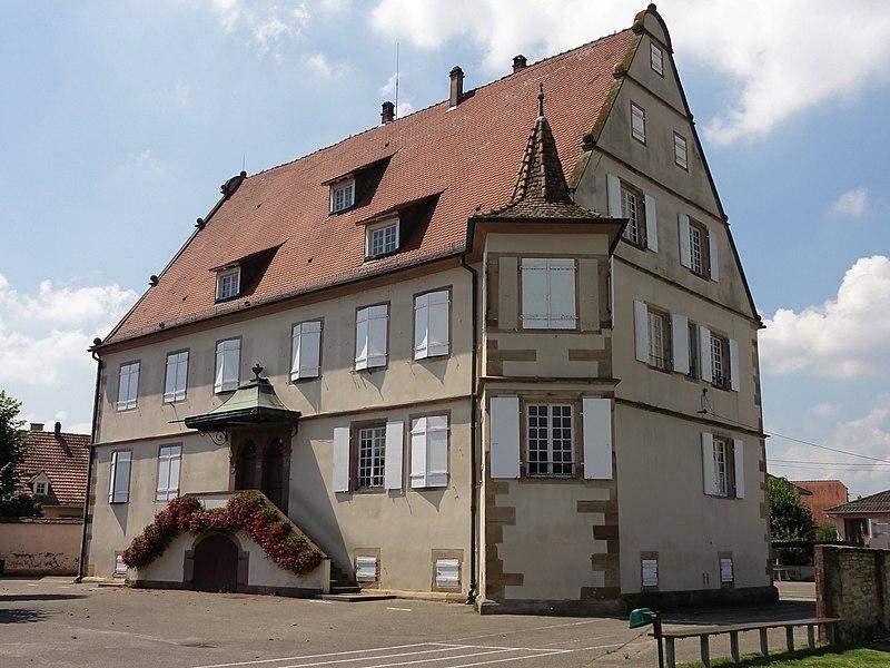 Photo du Monument Historique Ancien château des Zorn de Plobsheim situé à Plobsheim