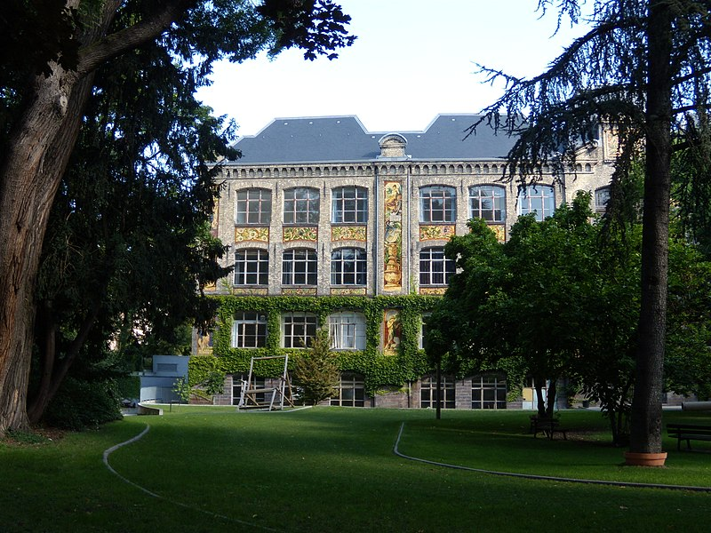 Photo du Monument Historique Ecole municipale des Arts décoratifs situé à Strasbourg