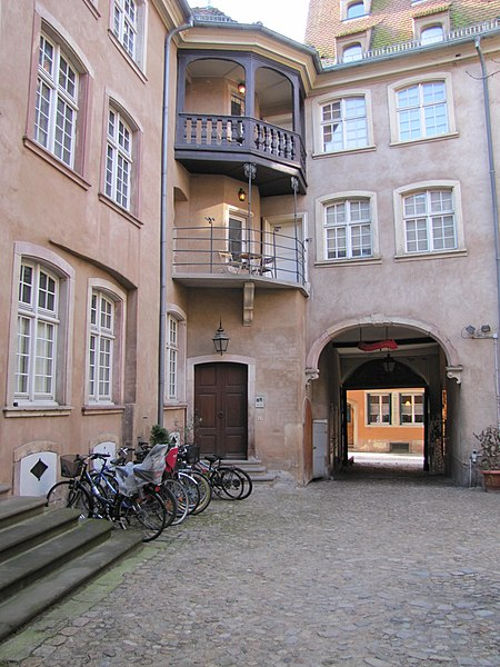 Photo du Monument Historique Ancien Hôtel de Rathsamhausen situé à Strasbourg