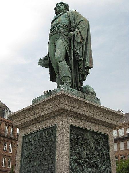 Photo du Monument Historique Monument du général Kléber situé à Strasbourg