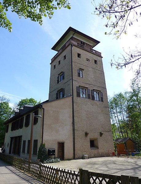 Photo du Monument Historique Tour et pavillon de plaisance, dits Breuscheckschlössel situé à Strasbourg