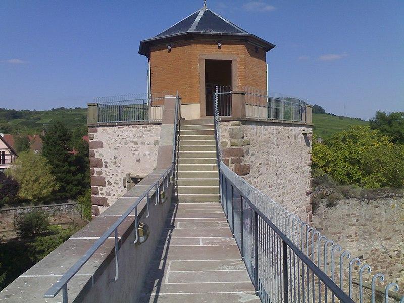 Photo du Monument Historique Vestiges des anciennes fortifications situé à Westhoffen