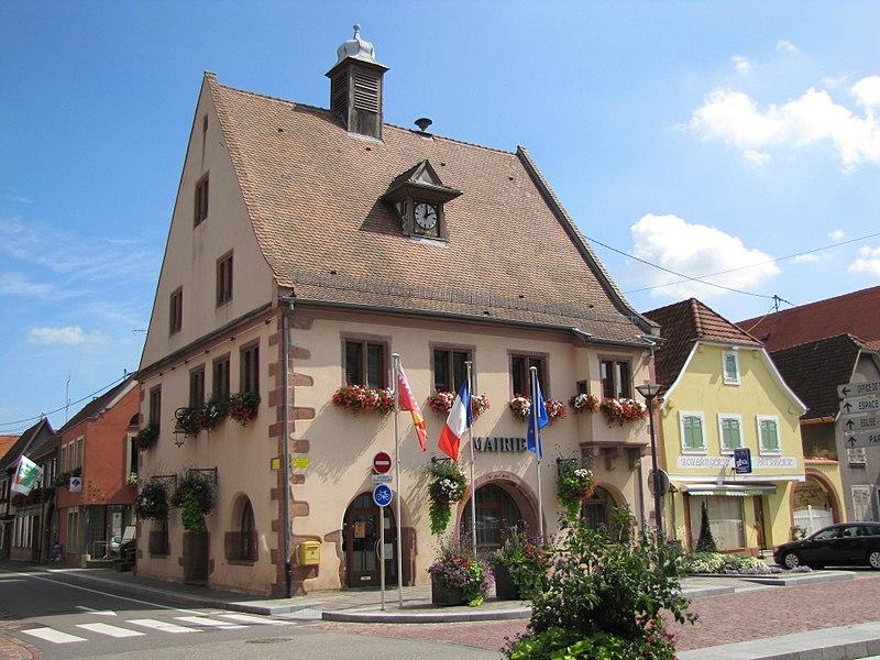 Photo du Monument Historique Hôtel de ville situé à Châtenois