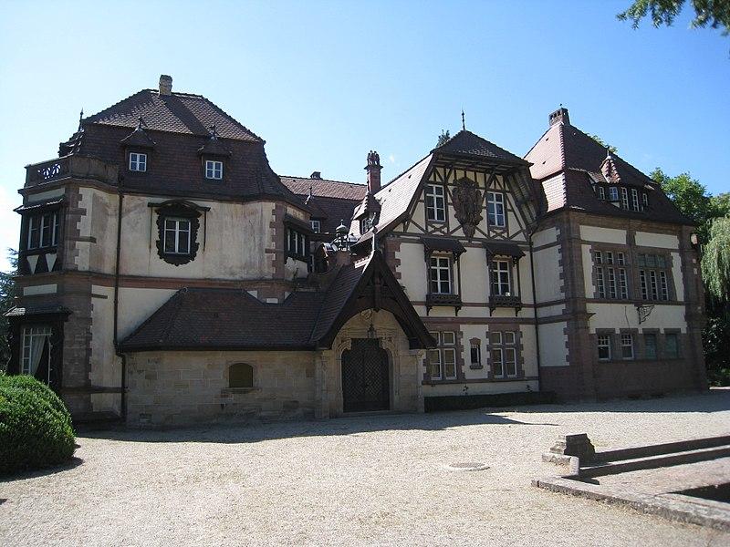Photo du Monument Historique Domaine de la Leonardsau situé à Boersch