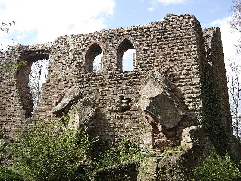 Photo du Monument Historique Château de l'Oedenbourg ou Petit-Koenigsbourg situé à Orschwiller