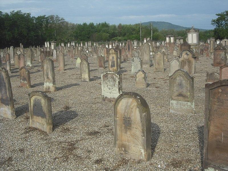 Photo du Monument Historique Cimetière juif situé à Sélestat
