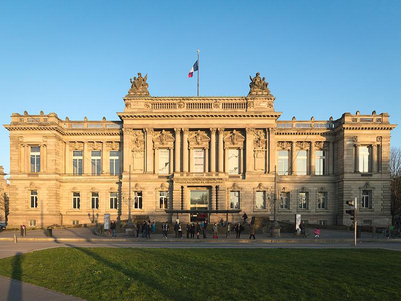Photo du Monument Historique Ancien palais de la Diète d'Alsace-Lorraine, actuellement Ecole supérieure d'Art dramatique, Conservatoire de musique et Théâtre national de Strasbourg situé à Strasbourg