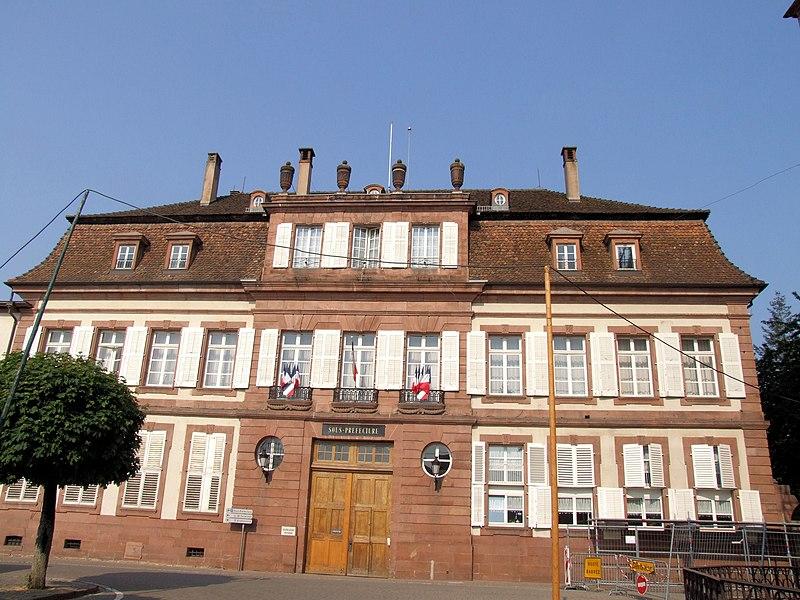 Photo du Monument Historique Ancien doyenné situé à Wissembourg