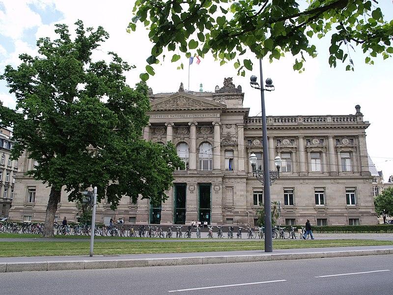 Photo du Monument Historique Ancienne bibliothèque impériale, universitaire et régionale, Bibliothèque nationale et universitaire de Strasbourg situé à Strasbourg