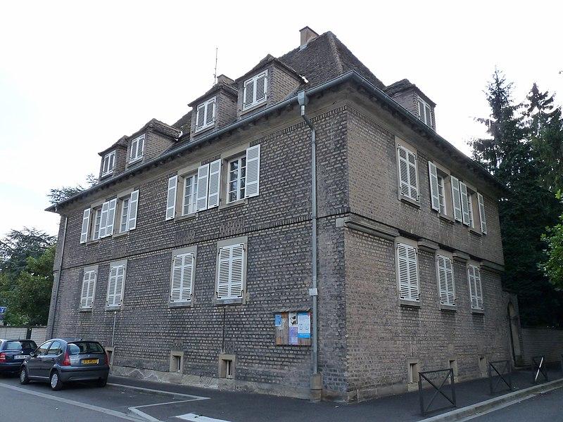 Photo du Monument Historique Presbytère protestant Saint-Paul de Koenigshoffen situé à Strasbourg