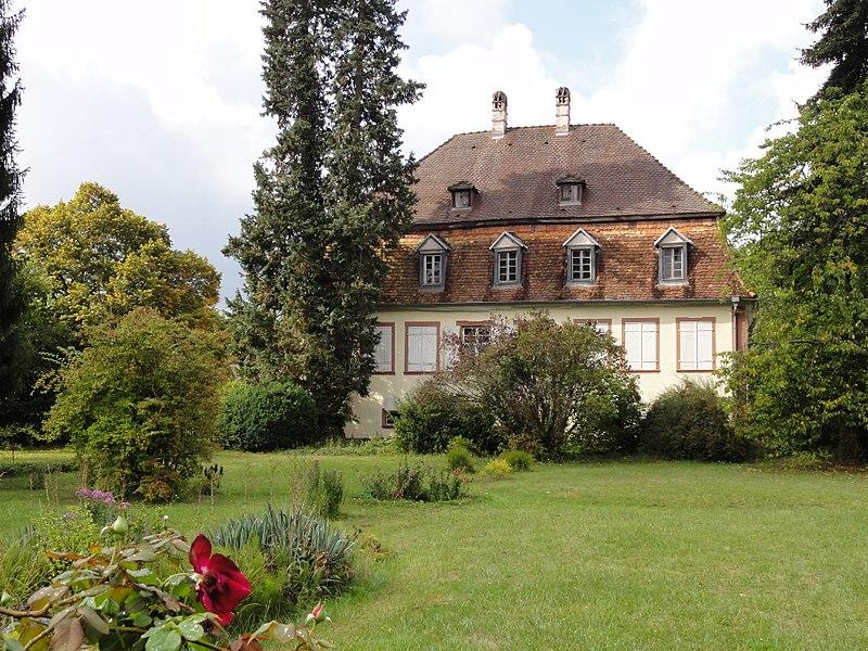 Photo du Monument Historique Ancien manoir de Vitzthum d'Egersberg dit manoir de Fleckenstein ou Schloessel situé à Lembach