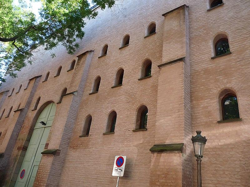 Photo du Monument Historique Ancien grenier d'abondance dit Kornspeicher situé à Strasbourg