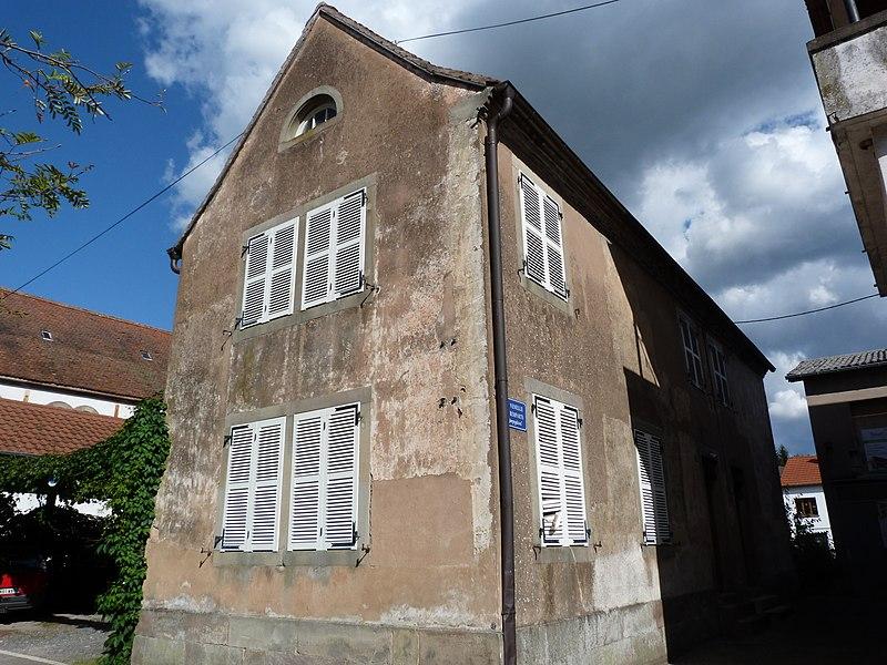 Photo du Monument Historique Ancienne école juive situé à Diemeringen