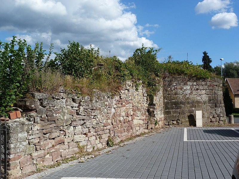 Photo du Monument Historique Enceinte urbaine médiévale situé à Diemeringen