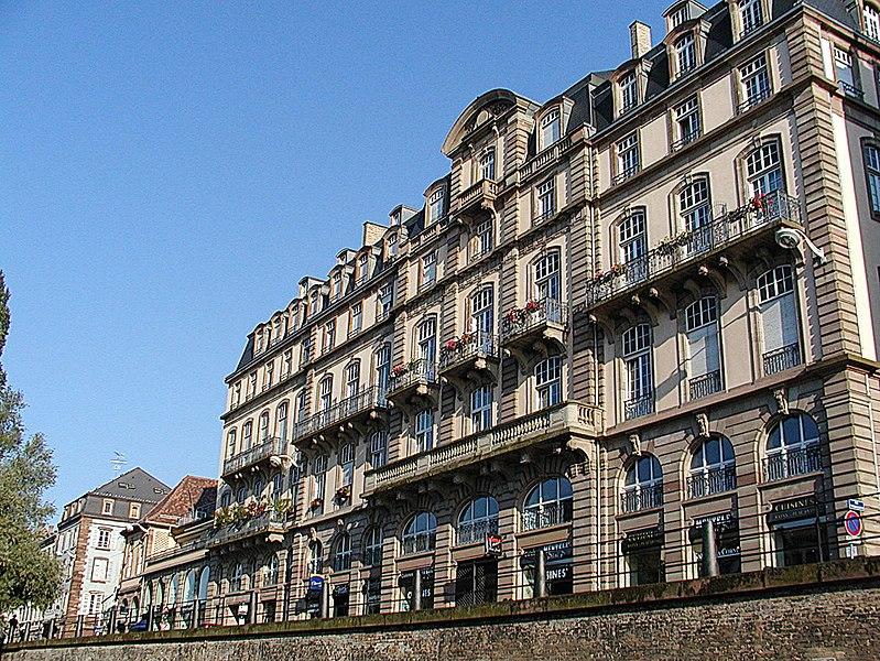 Photo du Monument Historique Bâtiments canoniaux situé à Strasbourg