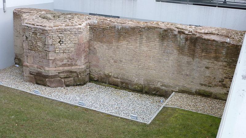 Photo du Monument Historique Enceinte urbaine médiévale situé à Strasbourg