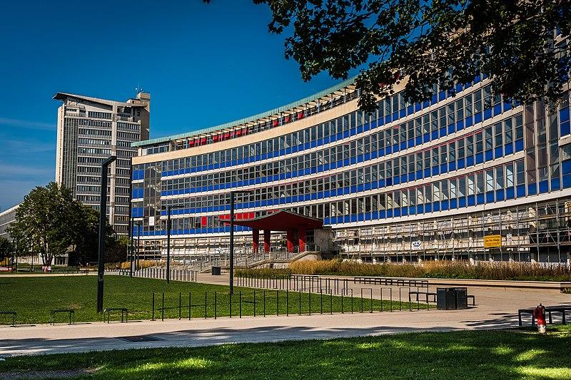 Photo du Monument Historique Faculté de Droit situé à Strasbourg