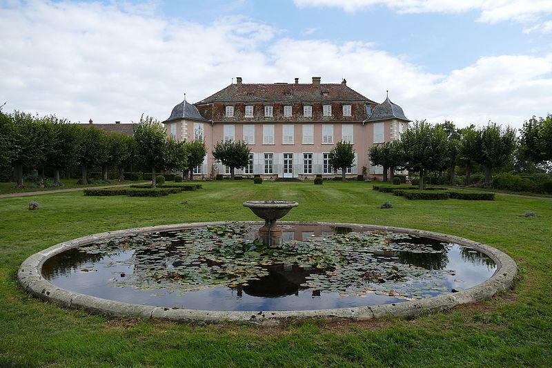 Photo du Monument Historique Domaine du château de Kolbsheim situé à Ernolsheim-Bruche