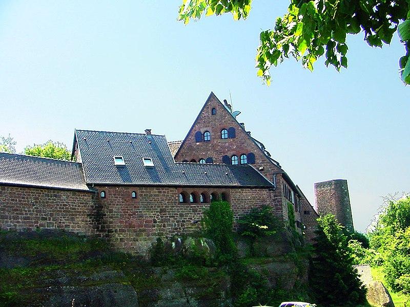 Photo du Monument Historique Château de Hunebourg situé à Dossenheim-sur-Zinsel