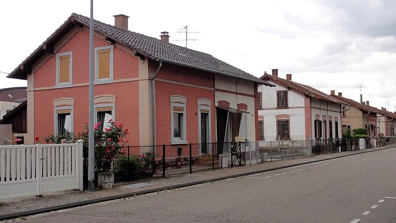Photo du Monument Historique Cité Ouvrière dite  Neye Hisle situé à Erstein