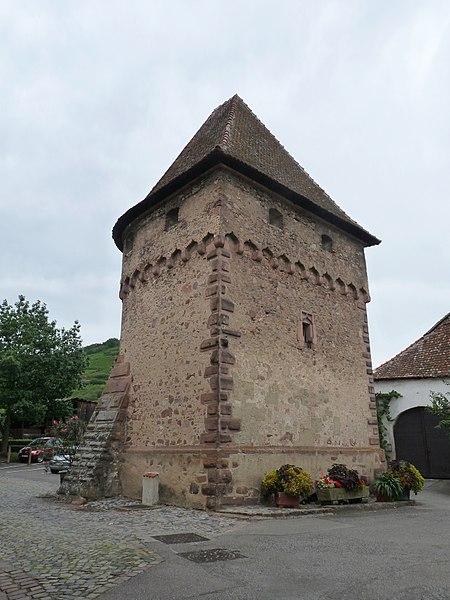 Photo du Monument Historique Tour du Pétrole ou des Citoyens (Tour des Bourgeois) situé à Ammerschwihr