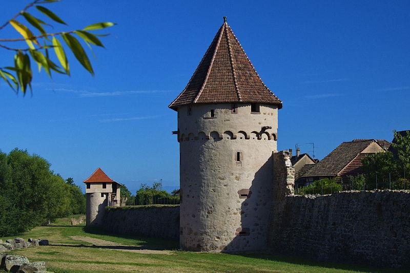Photo du Monument Historique Vestiges des anciennes fortifications situé à Bergheim