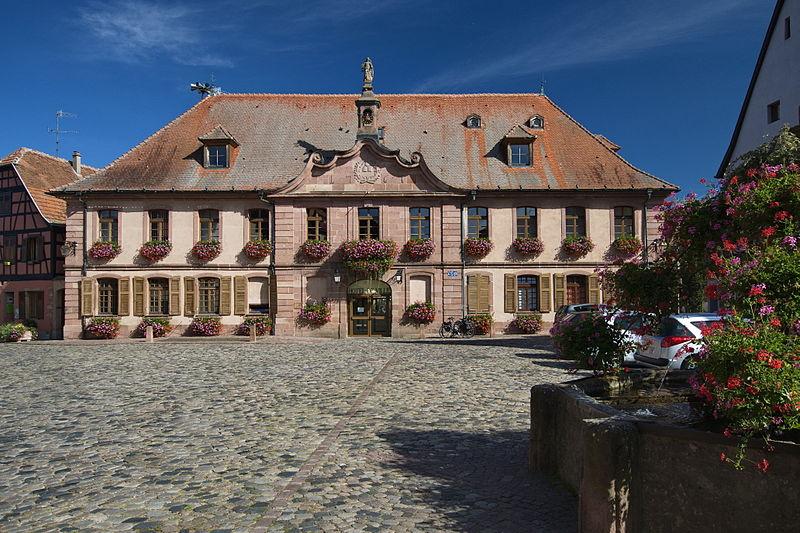 Photo du Monument Historique Hôtel de ville situé à Bergheim