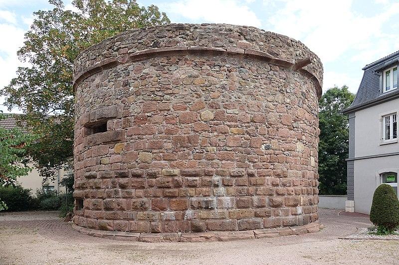 Photo du Monument Historique Anciennes fortifications situé à Cernay