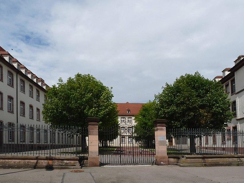 Photo du Monument Historique Lycée Bartholdi situé à Colmar