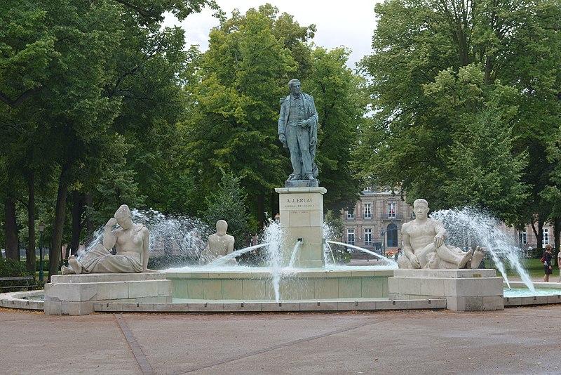 Photo du Monument Historique Statue de l'amiral Bruat situé à Colmar