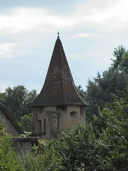 Photo du Monument Historique Ancienne enceinte situé à Guémar