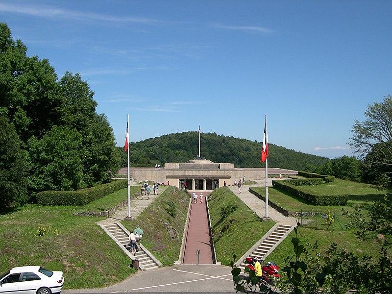 Photo du Monument Historique Champ de bataille de l'Hartmannswillerkopt dans la forêt communale (également sur communes de Soultz-Haut-Rhin, Uffholtz, Wattwiller et Wuenheim) situé à Hartmannswiller