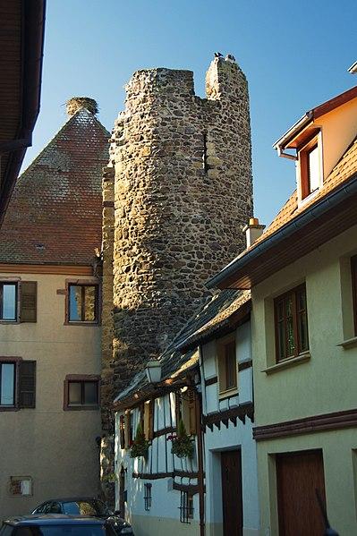 Photo du Monument Historique Anciens remparts situé à Herrlisheim-près-Colmar