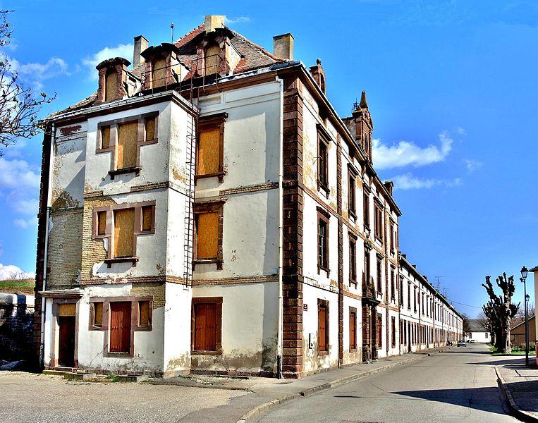 Photo du Monument Historique Ancienne caserne dite caserne Suzonni situé à Neuf-Brisach