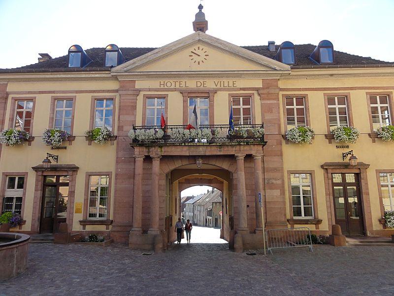 Photo du Monument Historique Hôtel de ville situé à Riquewihr