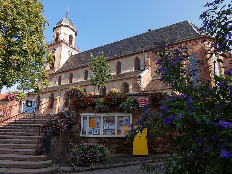 Photo du Monument Historique Eglise catholique Saint-Hippolyte situé à Saint-Hippolyte