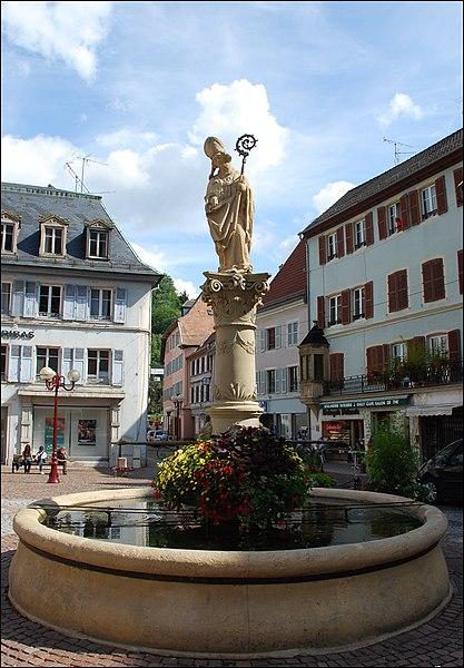 Photo du Monument Historique Fontaine Saint-Thiébaut situé à Thann