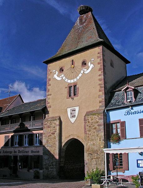 Photo du Monument Historique Porte de France dite Porte de Colmar ou Niedertor situé à Turckheim