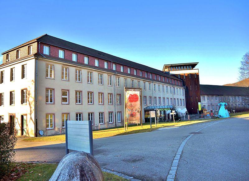 Photo du Monument Historique Ancien ensemble industriel dit Parc de Wesserling situé à Husseren-Wesserling