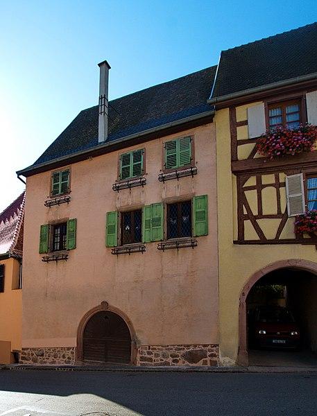 Photo du Monument Historique Ferme de vigneron situé à Gueberschwihr