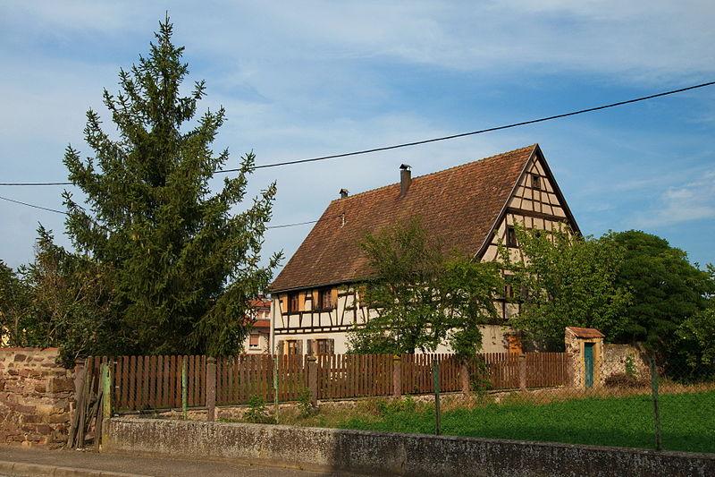 Photo du Monument Historique Ancienne ferme situé à Niederhergheim