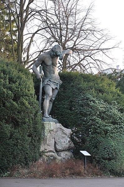 Photo du Monument Historique Statue monumentale dite Schweissdissi situé à Mulhouse