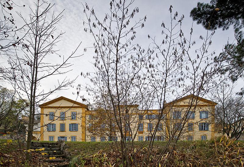Photo du Monument Historique Château de la Damette situé à Irigny