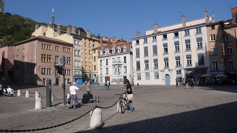 Photo du Monument Historique Immeubles situé à Lyon