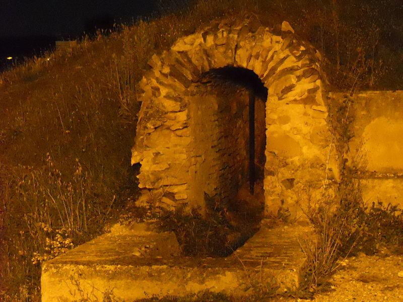Photo du Monument Historique Aqueduc gallo-romain du Gier dit aussi du Mont Pilat (également sur communes de Brignais, Chaponost, Lyon, Sainte-Foy-lès Lyon, Soucieu-en-Jarrest) situé à Mornant