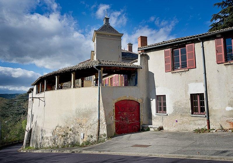 Photo du Monument Historique Immeuble dit Maison de la Cadière situé à Oullins