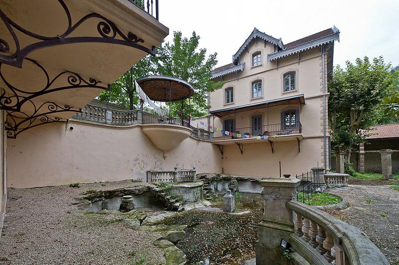 Photo du Monument Historique Edifice et parc l'entourant, dénommés Le Lac enchanté situé à Vernaison