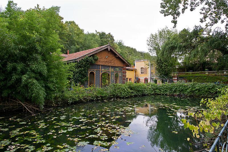Photo du Monument Historique Edifice et parc l'entourant, dénommés La Fée des Eaux situé à Vernaison