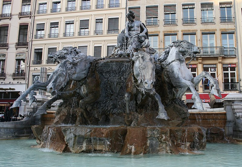 Photo du Monument Historique Fontaine Bartholdi situé à Lyon
