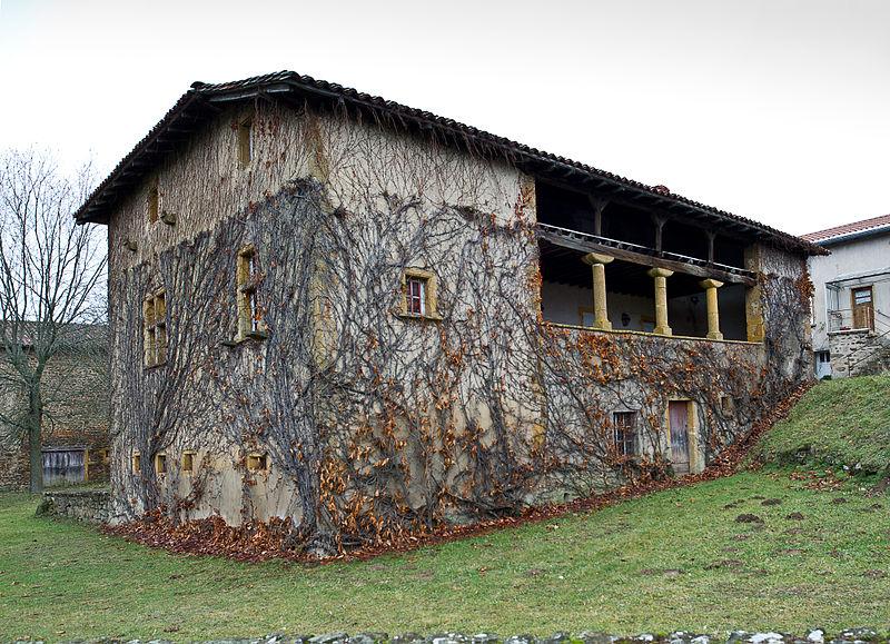 Photo du Monument Historique Ferme, située au bourg situé à Affoux